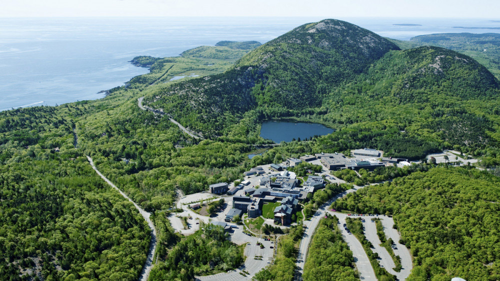 The Jackson Laboratory's 43-acre campus is nestled between the Gulf of Maine and the mountains of Acadia National Park, one mile from downtown Bar Harbor.