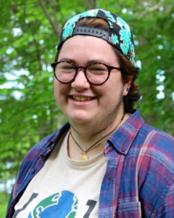 Margherita Tommasini '18 is one of the Community Energy Center's Summer Energy Fellows that helped Lessard fully understand the possibilities for cultivating environmental sustainability with her business.
