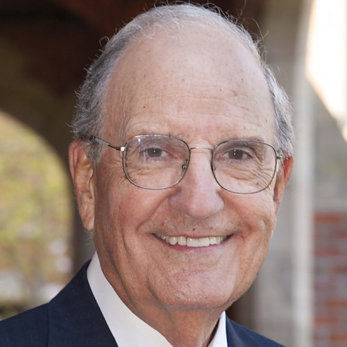 Former Maine Senator George Mitchell speaks at the 2018 College of the Atlantic Champlain Institute: International Affairs.