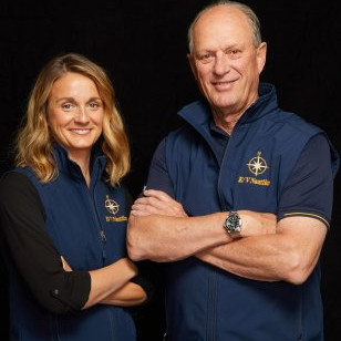 Explorers Allison Fundis '03 and Robert Ballard