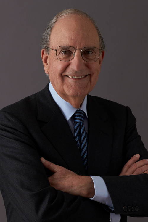 Former Maine Senator George Mitchell is at College of the Atlantic this summer as part of the school's summer event series.