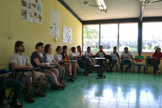 Sharing our experiences with students from CBTA 14 of Tizimín.
