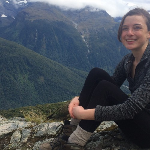 Ellie Oldach '15 on a Fulbright Scholarship studying habitat cascade and other estuary ecosystem dynamics in Chr...