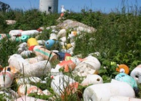 Tracking Derelict Fishing Gear: A Buoy Island Map